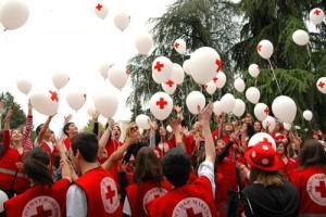 08may12-05-macedonian-balloons